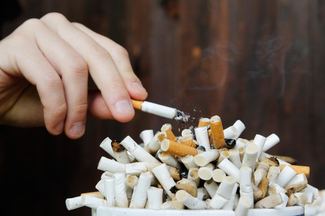 Number of Adult Smokers falling in the US